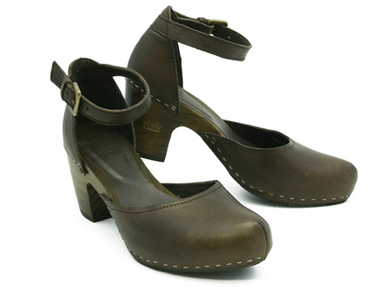 03ccc19b20bb38 Vialis Eloisa in Ebony Brown : Ped Shoes - Order online or 866.700.SHOE  (7463).